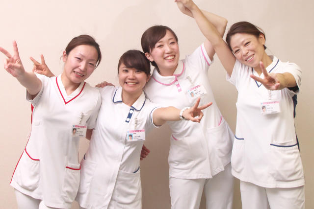 中日新聞リンクト 21号記事「JCHO中京病院 26病棟(シアワセをつなぐ仕事)」