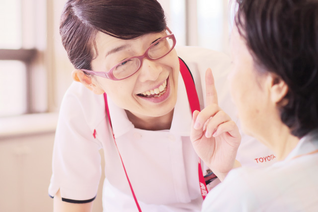 中日新聞リンクト 27号記事「トヨタ記念病院(シアワセをつなぐ仕事)」
